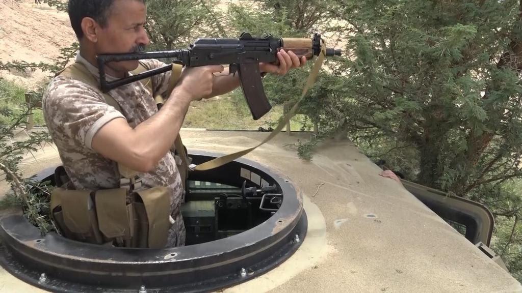 هل تذكرون وزير دفاع الحوثيين الذي ظهر يقود المدرعات السعودية في الحدود؟؟ شاهدوا كيف كان مصيره المرعب